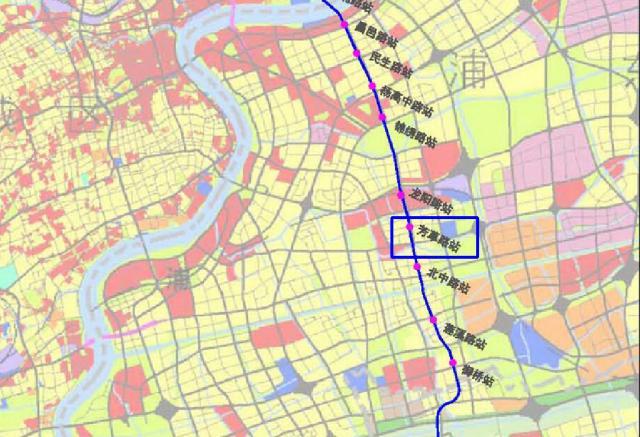 上海地鐵18號線芳芯路站開始附屬結構施工:市中心三線中進度領先