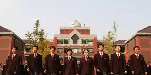 上海热线HOT学校--云南中新闻服大比拼有木有高中昭通上海图片