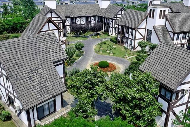 太阳岛全称太阳岛高尔夫温泉度假酒店