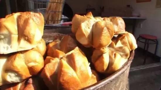 传统地道的面包点心