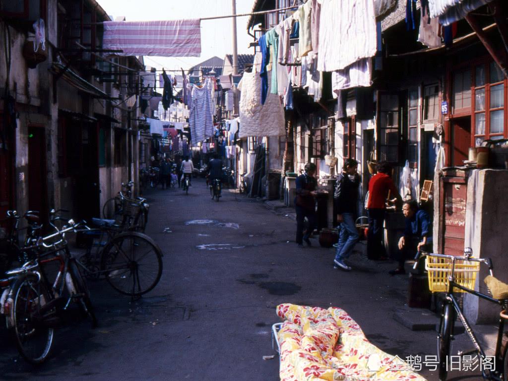 上海市南市区_热点新闻   2000年,上海市人民政府宣布,国务院批准撤销南市区,将南