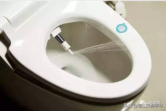 """日本反常的""""茅厕文明""""把卫生间武装到了牙齿"""