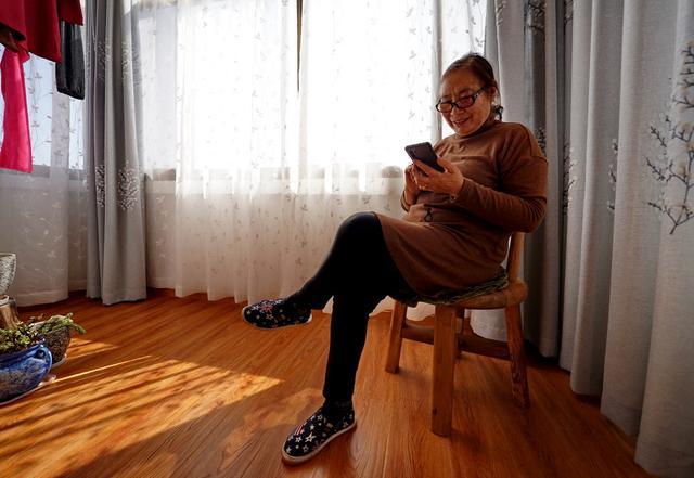 宁波80岁奶奶云南买房:有人说这里不适合养老,她却说是来玩的