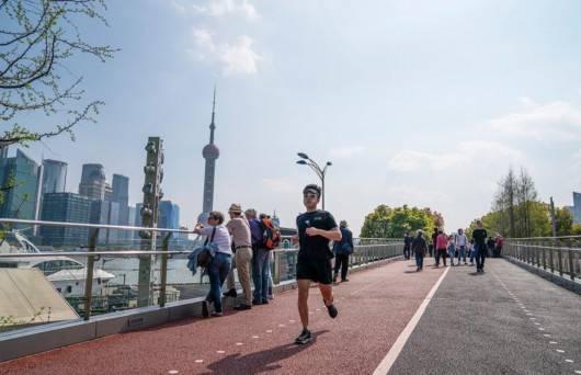 """上海这些年,哪几个变化最打动""""魔都""""市民?答案令人感动"""