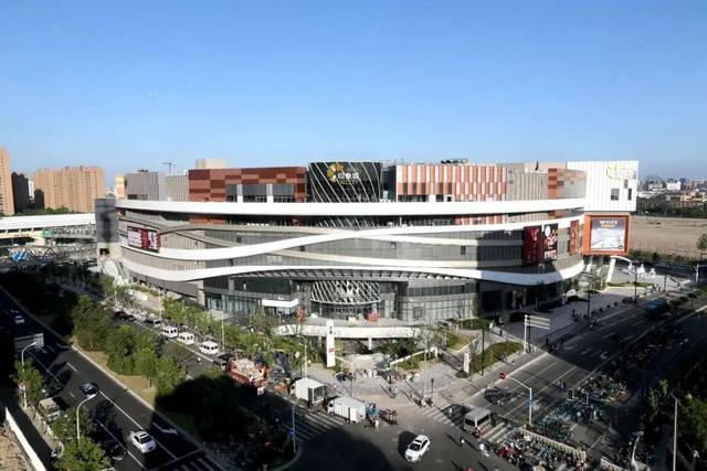 《【无极2娱乐平台代理】实地探访!全上海最大购物中心就在嘉定》