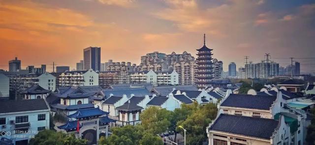 《【无极2娱乐待遇】这座上海中环线内唯一的古镇,今年700岁了!坐地铁就能到》