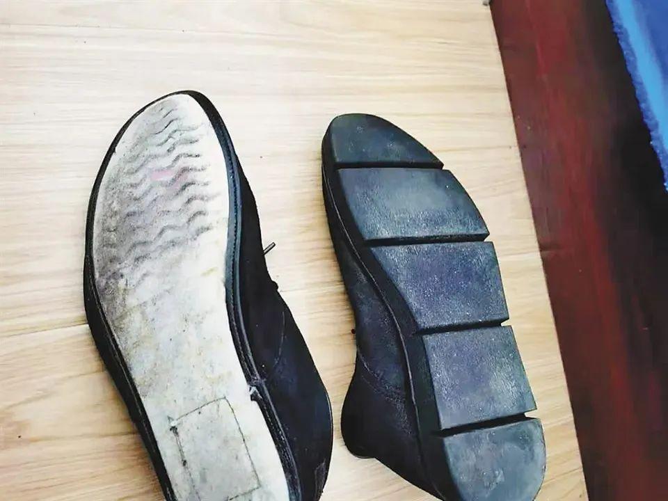《【无极2娱乐代理分红】这位同志,鞋底都掉了…》