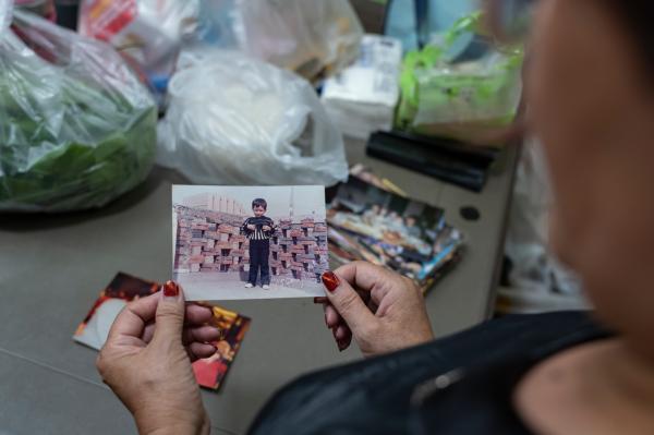 """《【无极2娱乐怎么代理】上海市区地块旧改了,阿姨爷叔的青春""""藏""""在曲曲折折弄堂里》"""