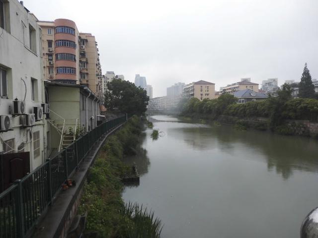 上海东北角一条有东北松花江风韵的马路